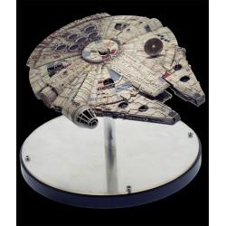 Star Wars El Imperio Contraataca Diecast Réplica 1/100 Halcón Milenario