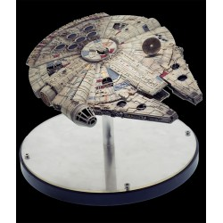 Star Wars The Empire Strikes Back Diecast Replica 1/100 Millenium Falcon