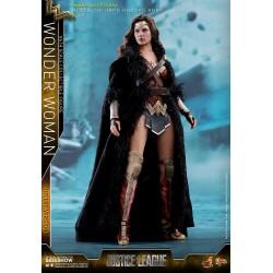 Liga de la Justicia Figura Movie Masterpiece 1/6 Wonder Woman Deluxe Version