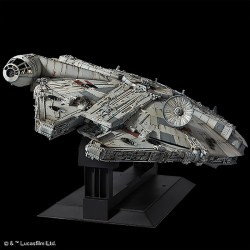 Star Wars Episode IV Perfect Grade Plastic Model Kit scale 1/72 Millennium Falcon